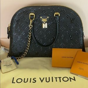 Authentic Sold Out Louis Vuitton